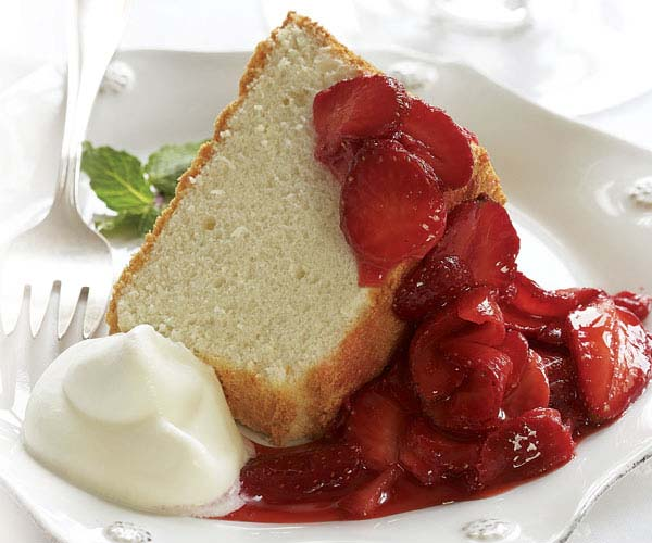 Angel food cake with strawberries whipped cream recipe finecooking angel food cake with strawberries whipped cream forumfinder Image collections