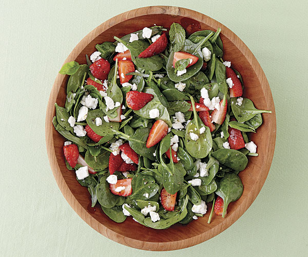 Strawberry and Spinach Salad with Herbs and Goat Cheese