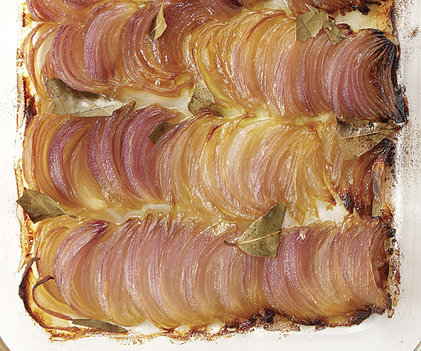 Olive-Oil-Braised Red Onions with Bay Leaves