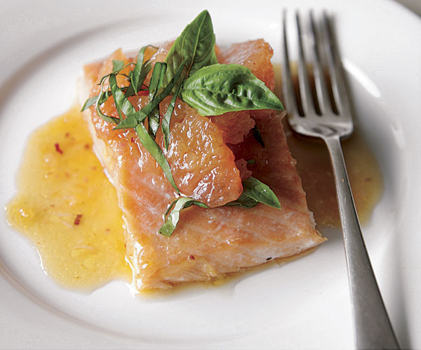 Roasted Salmon With Shallot-Grapefruit Sauce