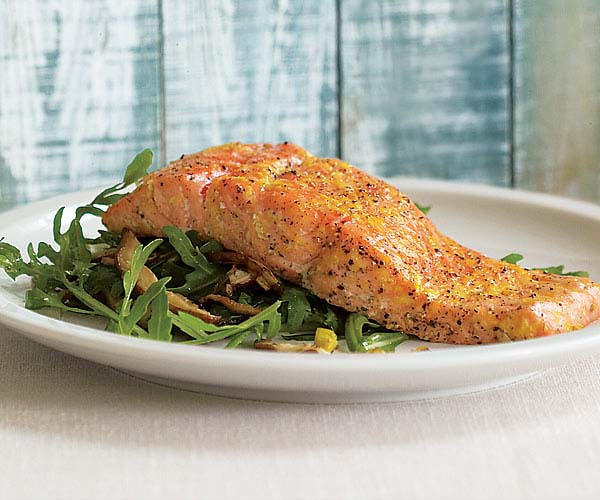 Roasted Salmon with Shiitake, Leek & Arugula Salad