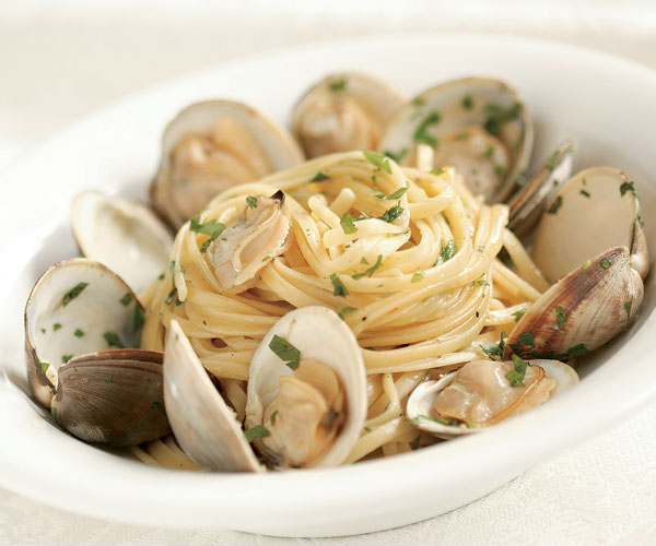 linguine with clams lemon garlic oil recipe finecooking