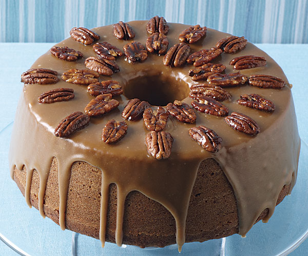 Apple And Pecan Rum Cake