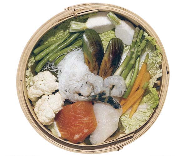 Quick low fat meal in a bamboo steamer how to finecooking photos suzanne roman view pdf forumfinder Image collections