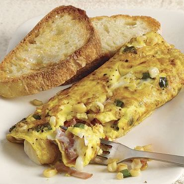 Corn, Green Pepper, Ham, and Cheese Omelet