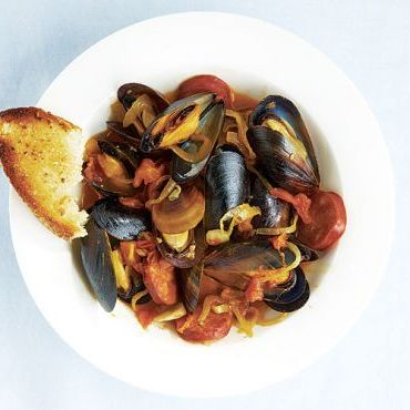 Steamed Mussels with Chorizo, Smoked Paprika and Garlicky Croutons
