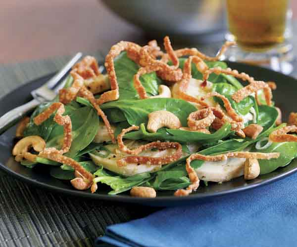 Spinach Salad with Chicken, Cashews, Ginger & Fried Wontons