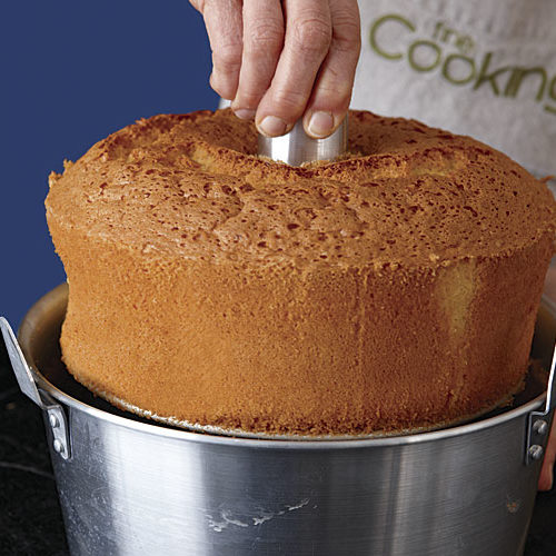 How Long Should Cake Cool Before Removing From Pan