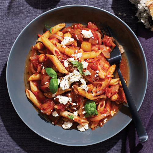 Pasta with Tomatoes and Chickpeas