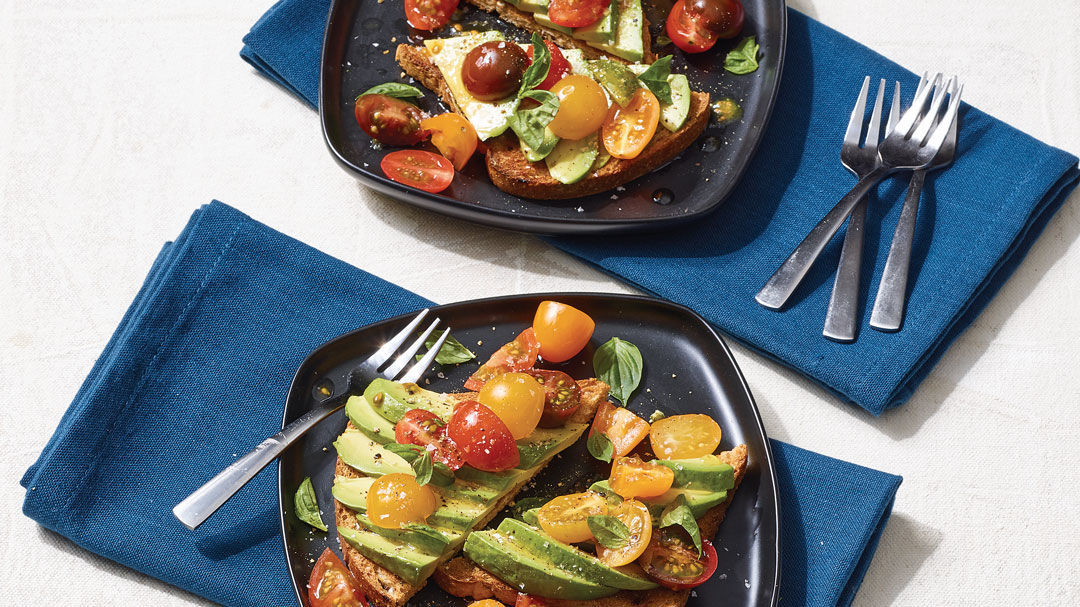 Avocado Toast with Cherry Tomatoes, Basil, and Cayenne