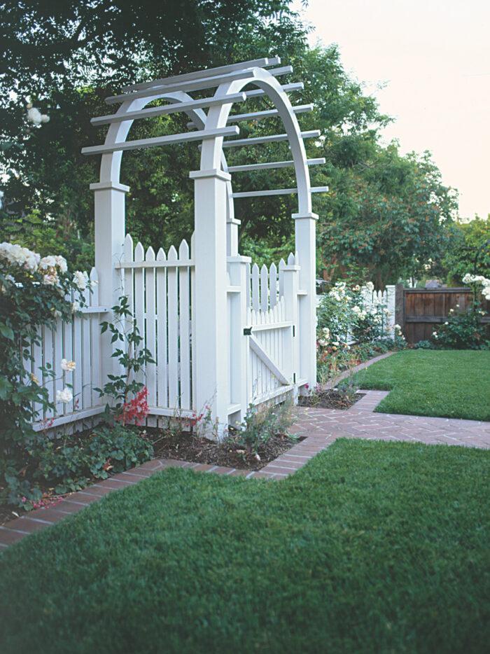 elegant garden entrance front-yard