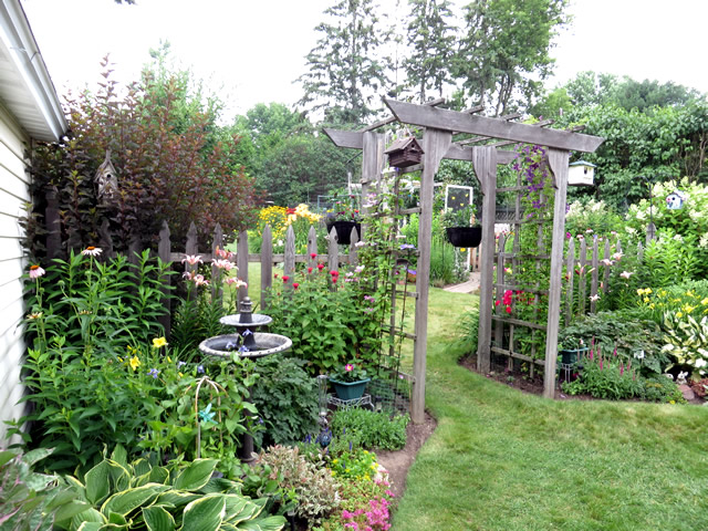 Spring in Zone 4 - FineGardening