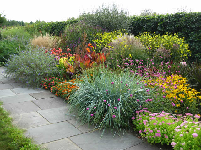 The lloyd border at white flower farm finegardening do you receive the gpod by email yet sign up here mightylinksfo