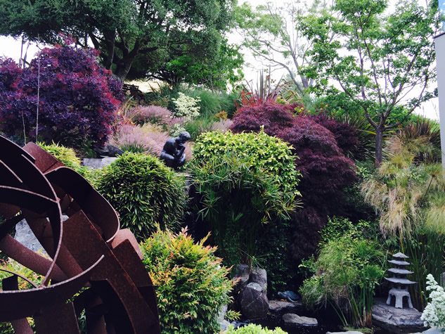 Sculpture Surprises in the Garden - FineGardening