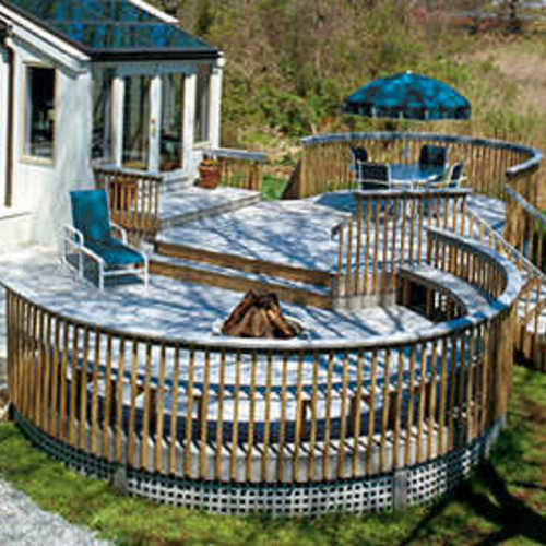 Building A Curved Deck With Synthetic Decking Finegardening