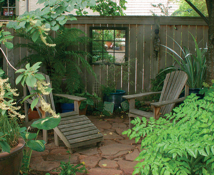 Seating Areas Made Simple - FineGardening