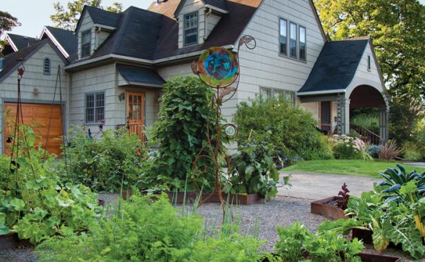 Wonderful Front Yard Veggies. Grow Beautiful Edibles In The Public Eye With These  Design Tips