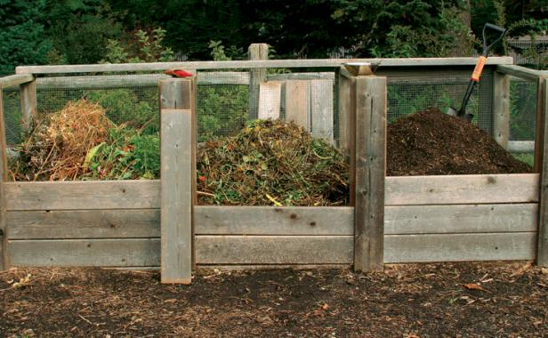 Open Bins Are An Excellent Way To Do Hot Or Cold Composting, Which Makes  This Option My Favorite. These Types Of Bins Typically Use Either Wire  Fencing Or ...