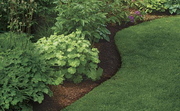 How To Make Trench Around Flower Bed