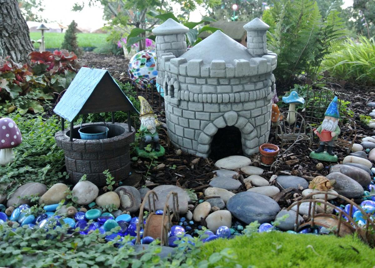 loris gnome garden in utah - Gnome Garden