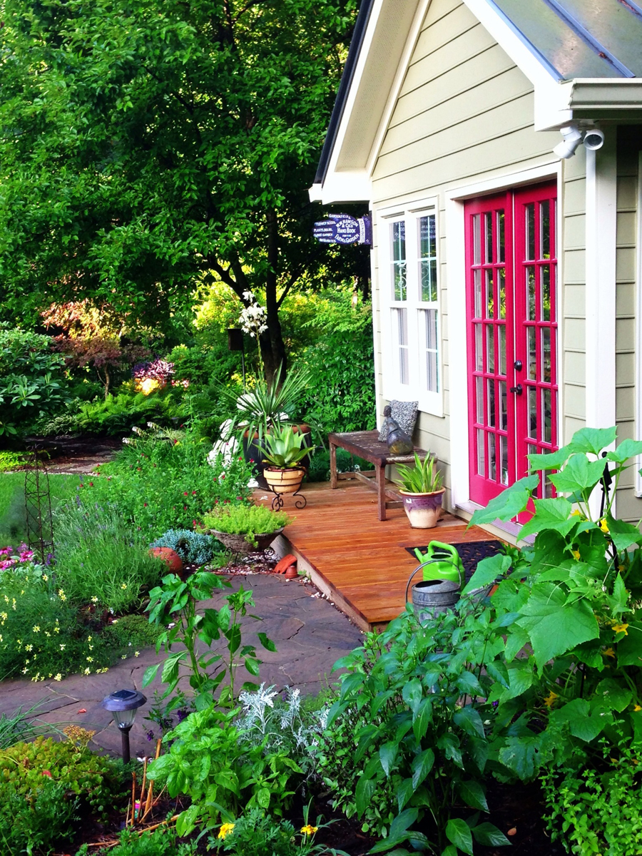 Karen & Ted\'s garden in North Carolina - FineGardening