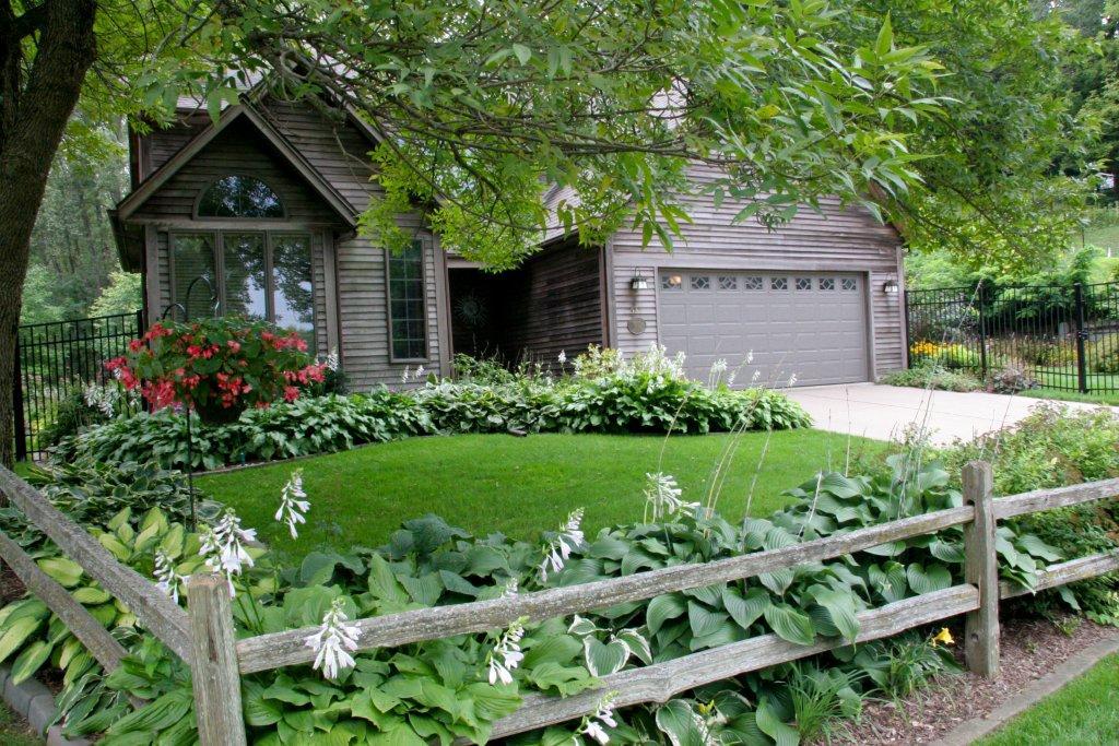 Beths Garden In Iowa Day 1 Finegardening