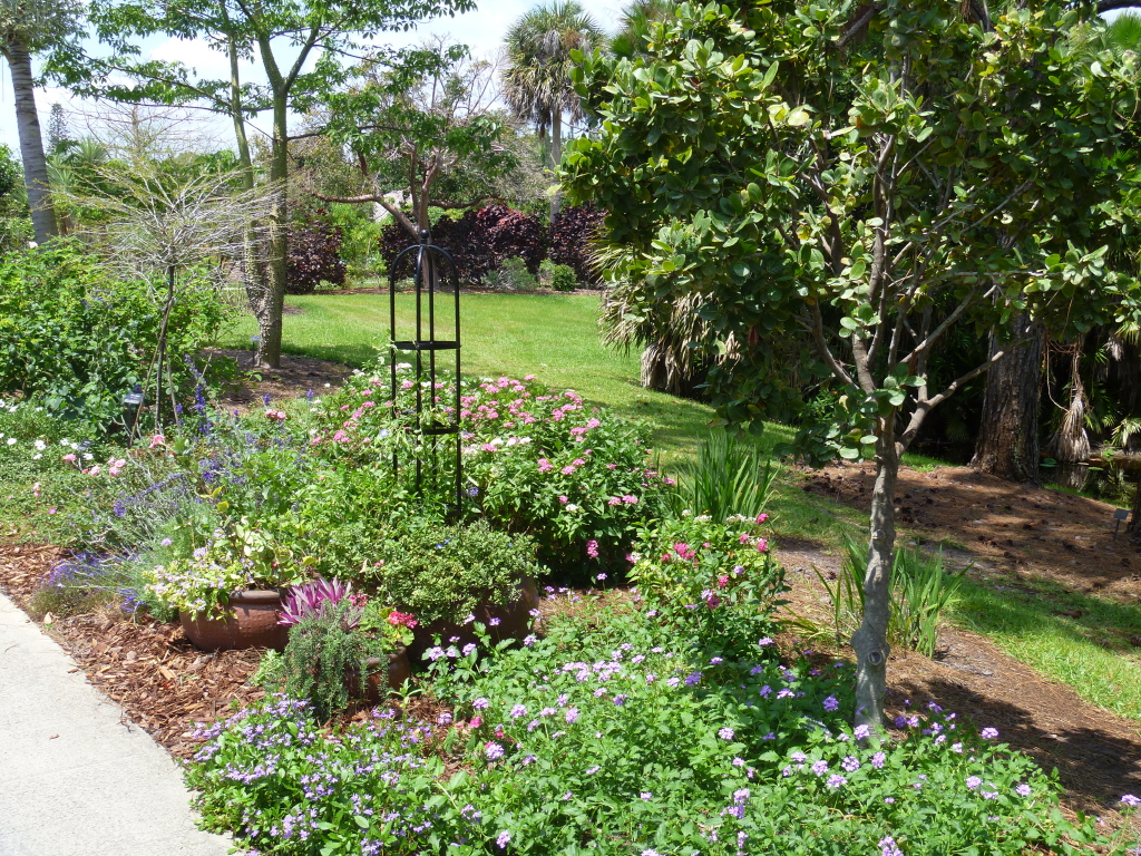 A Cottage Garden In Southern Florida   FineGardening