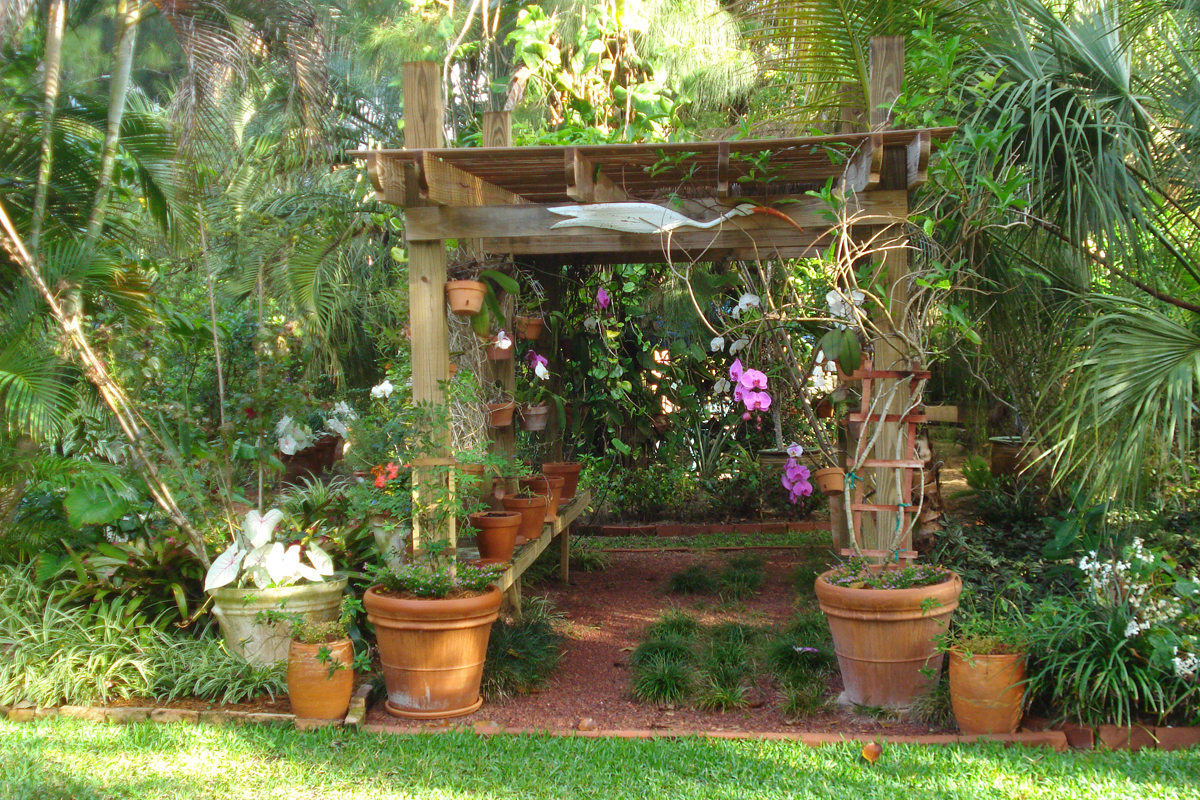 Michaelu0027s Garden In Florida
