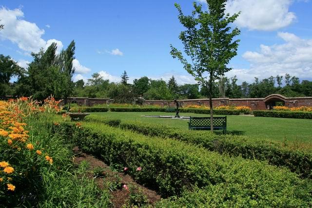 A garden gem in Upstate New York - FineGardening