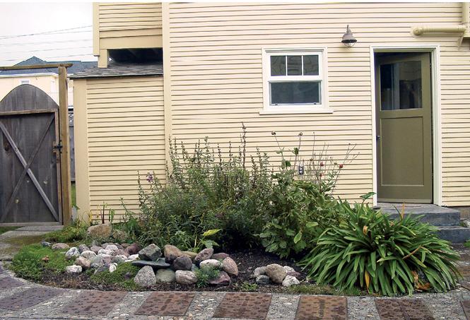 garden upgrades focal point