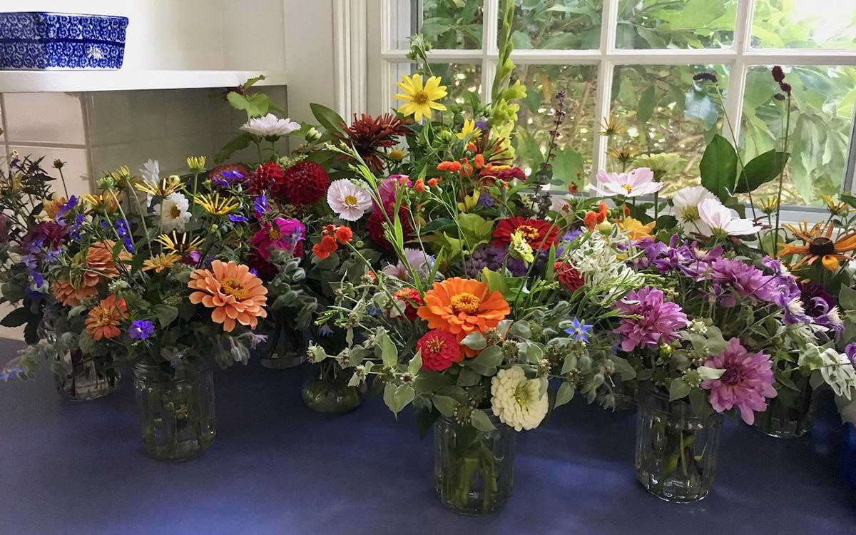 august flower bouquets