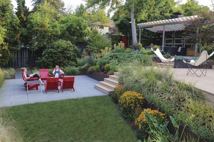 Contemporary Cool: A Lush Modern Garden Design - FineGardening