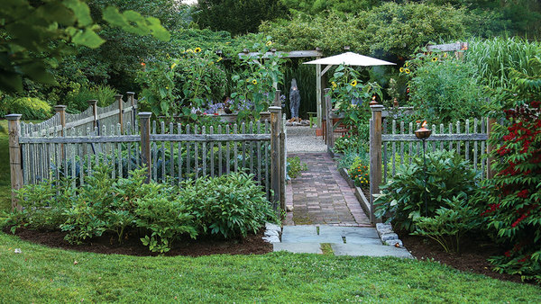 Who Says A Kitchen Garden Can T Be Beautiful Finegardening