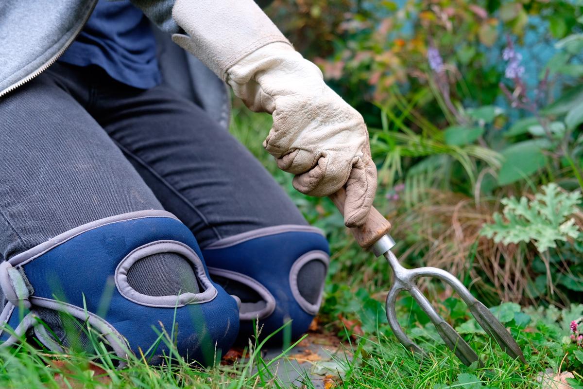 Kneelo gardening knee pads