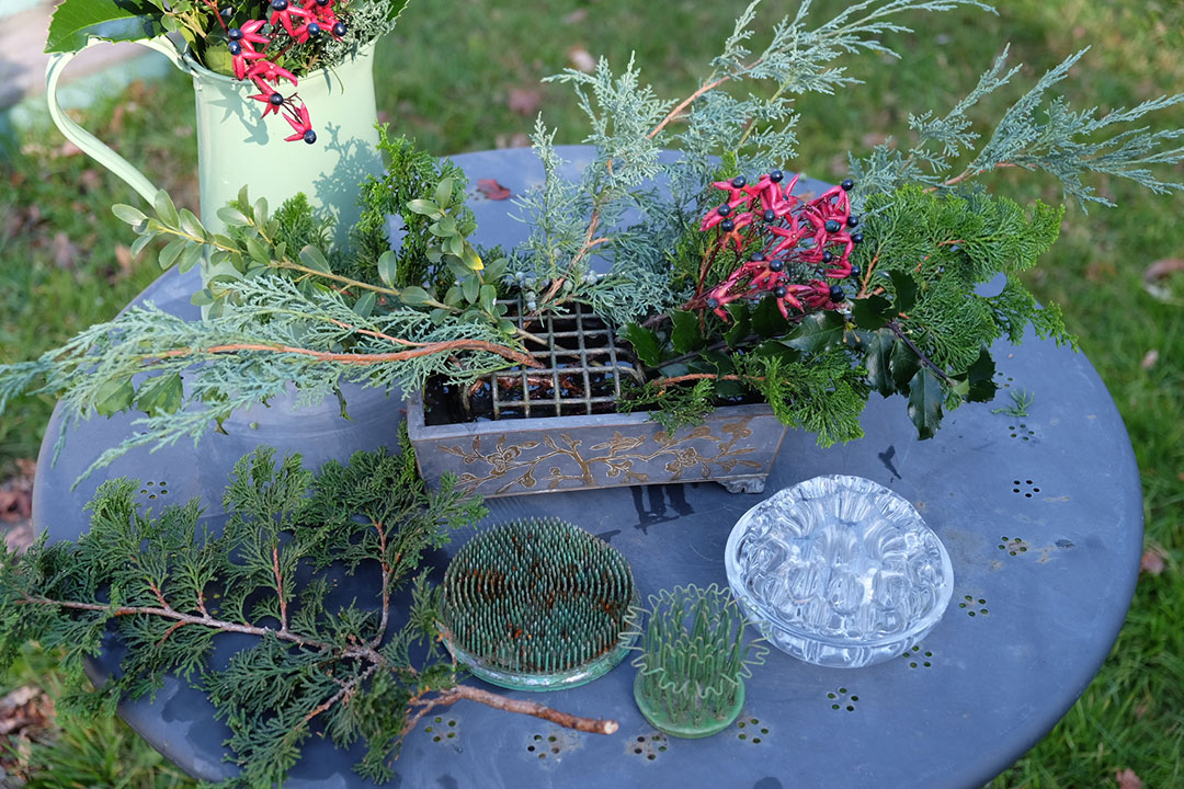 holiday table arrangment