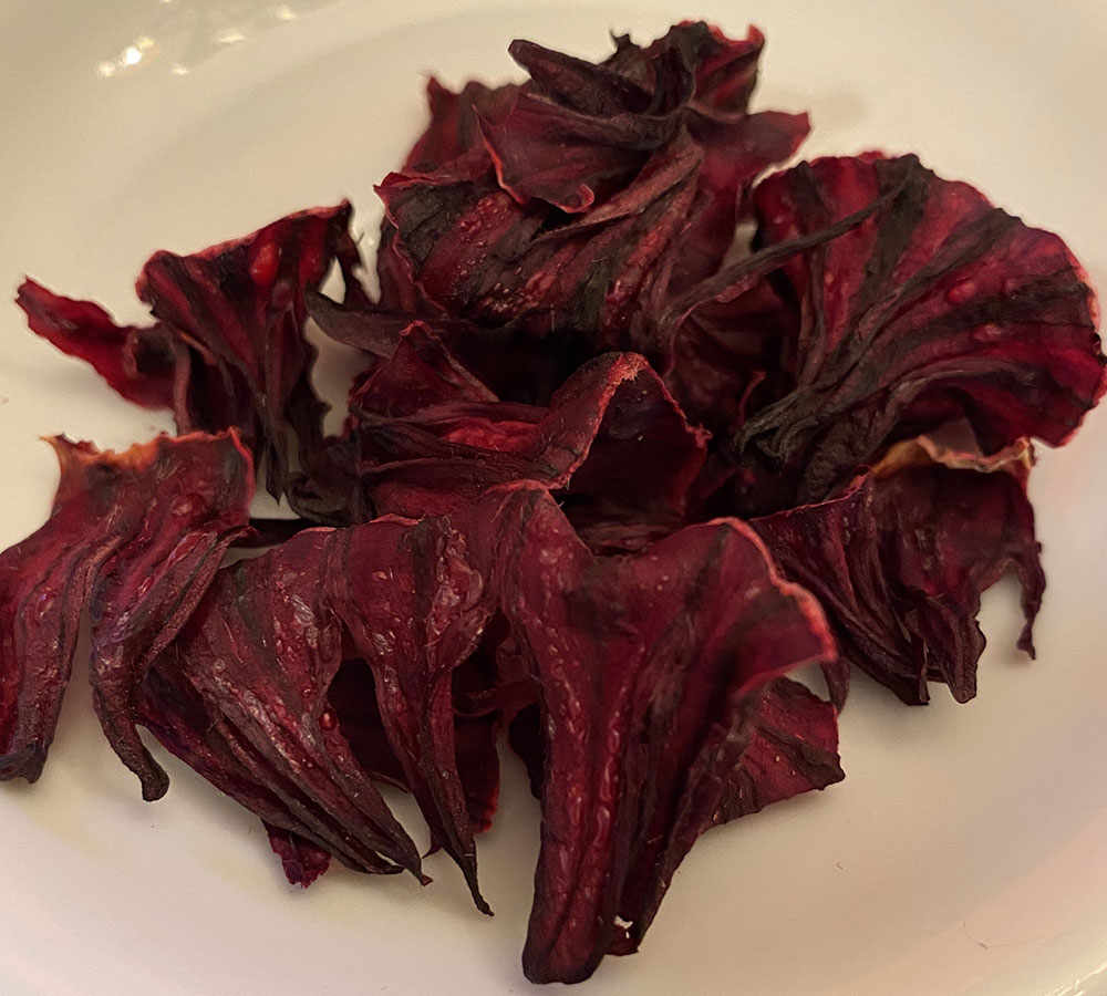 dried roselle calyxes
