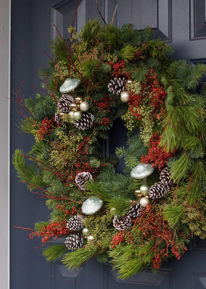 Ideas for Seasonal Decorations From the Garden