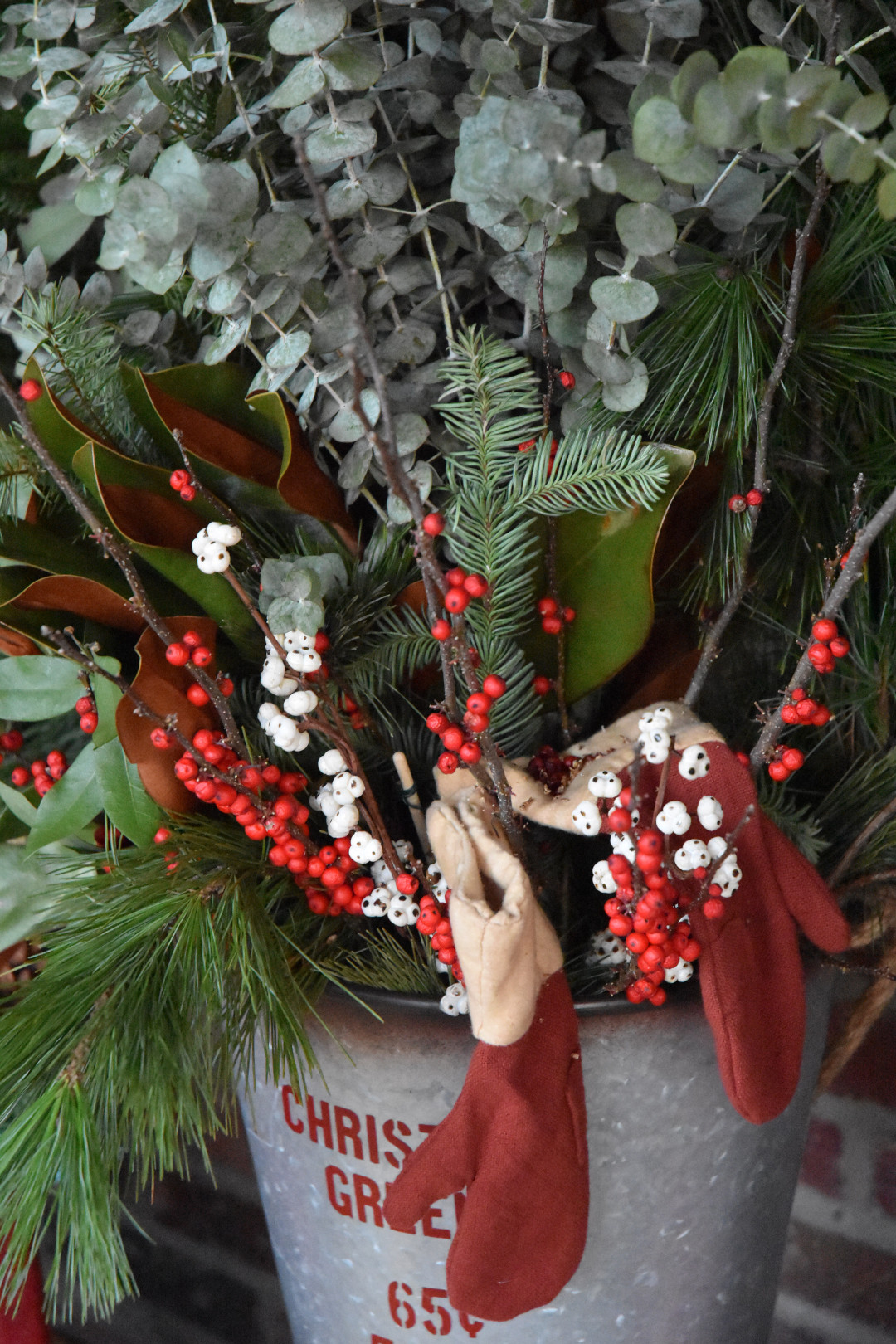 winter plant decor