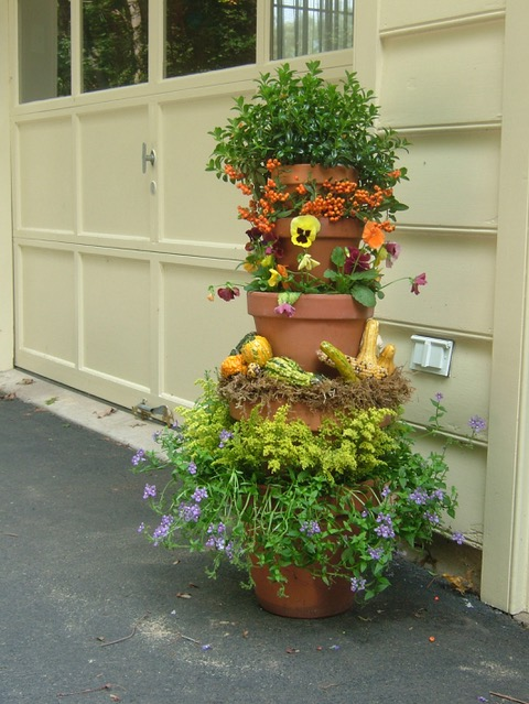 fall garden container display