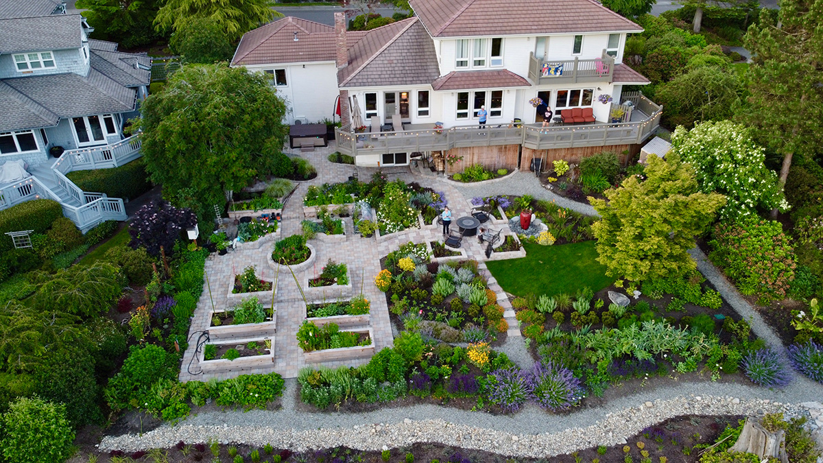 drone photo of full garden from above