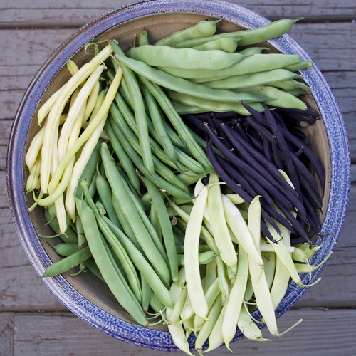 bowl of mixed string beans