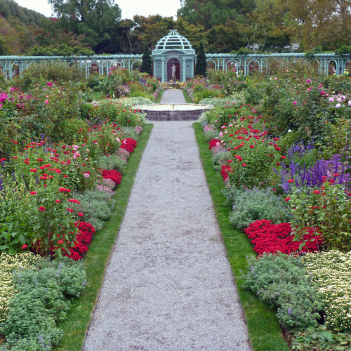 Old Westbury Gardens: Petra's Visit To Old Westbury Gardens In Fall (12 Photos