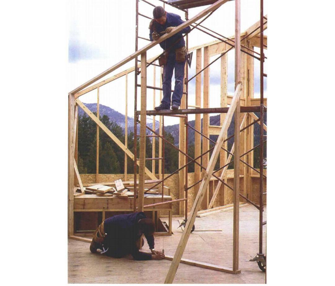 Balloon-Framing a Rake Wall - Fine Homebuilding