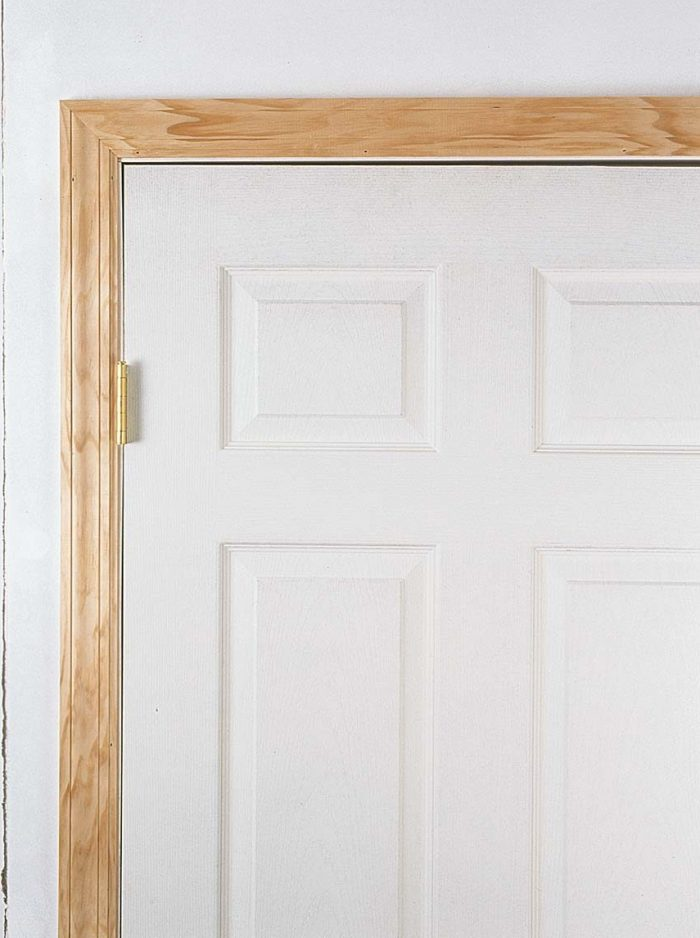 Even lightweight hollow-core doors can cause hinge deflection