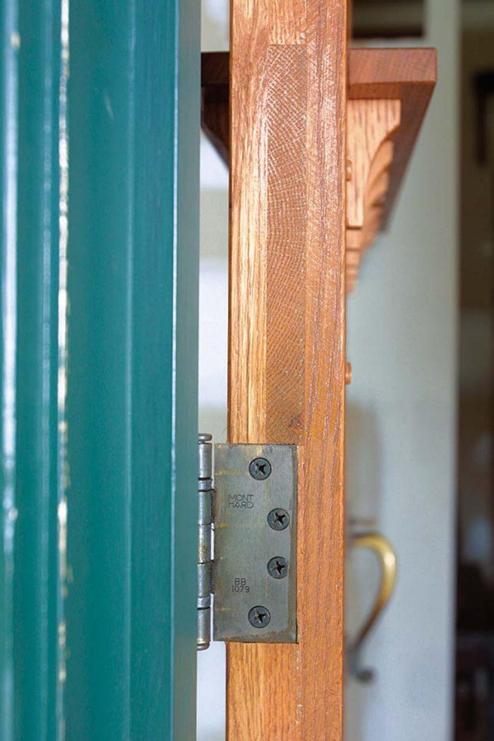 side view of craftsman style door