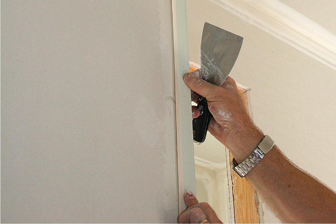 Drywall: Finishing an Outside Corner - Fine Homebuilding