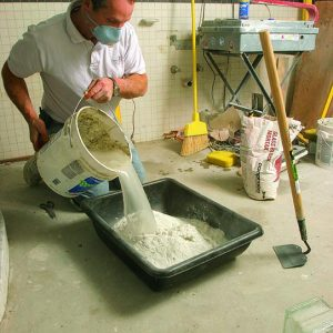 mix the mortar for glass-block