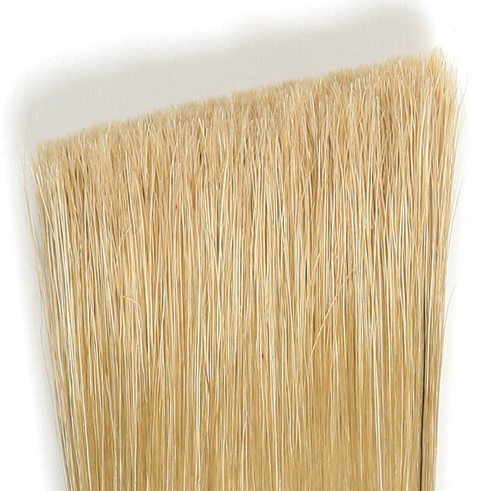 angled paintbrush bristles
