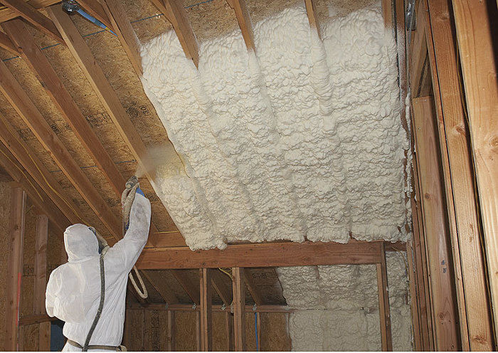 Buyer's Guide to Insulation: Spray Foam - Fine Homebuilding