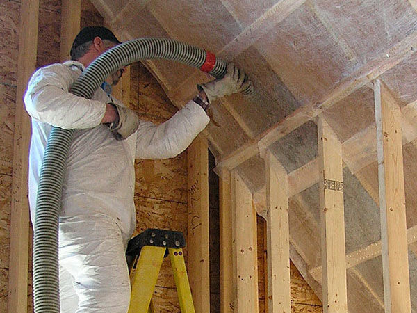 Buyer's Guide to Insulation: Blown-In - Fine Homebuilding